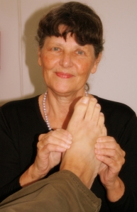 Julie also offers Reflex-ation sessions